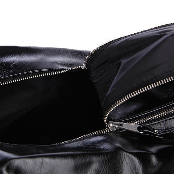 Сумка Fred Perry Classic Barrel Bag Black/Ecru Proskater.ru 4150.000