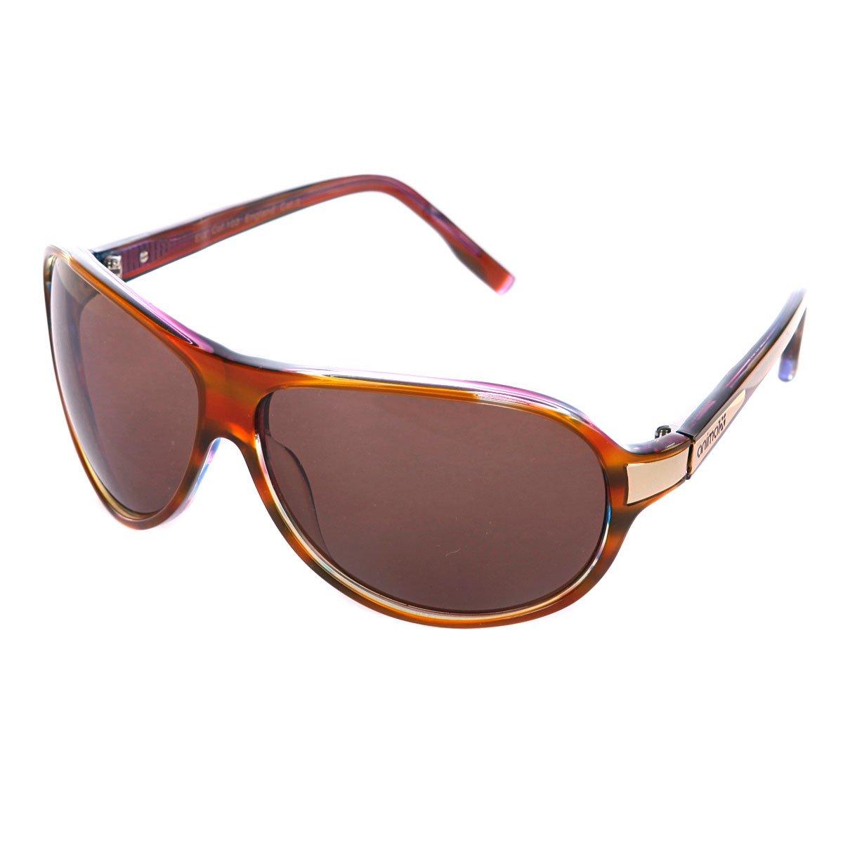 Фото с короткой стрижкой в солнцезащитных очках