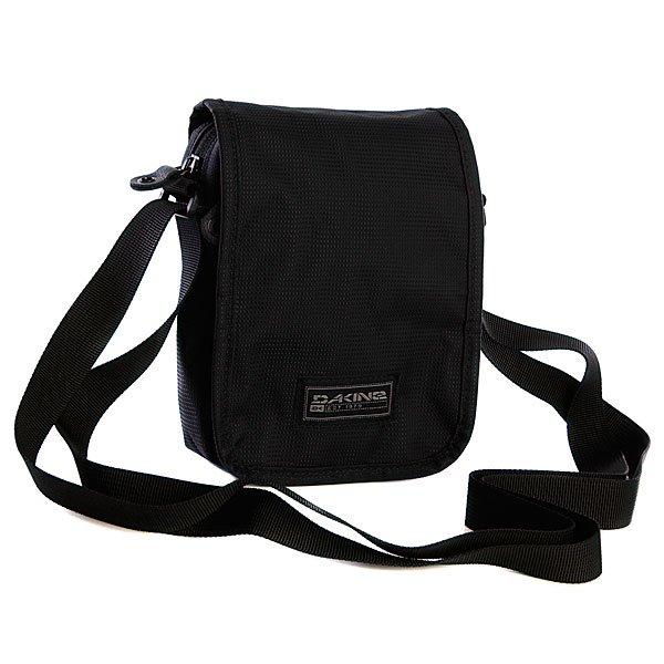Сумка Dakine Passport BlackТехнические характеристики:  Верх из полиэстера.Внутренняя текстильная подкладка. Застежка – молния + защитная накладная панель на липучке.  Длинная регулируемая ручка  для ношения сумки через плечо.  Внутренний потайной карман. Форм-фактор – плечевая сумка (shoulder bag).<br><br>Цвет: черный<br>Тип: Сумка<br>Возраст: Взрослый<br>Пол: Мужской
