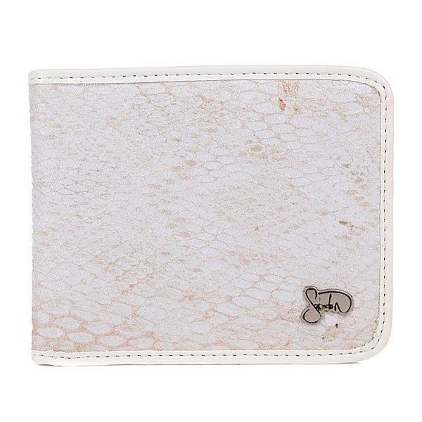 Кошелек Globe Sabaton Wallet WhiteСтильный женский кошелек с отделкой  под змеиную кожу.Технические характеристики: Слоты для карт.Контрастная отделка внутри из искусственной замши.Логотип.<br><br>Цвет: белый,серый<br>Тип: Кошелек<br>Возраст: Взрослый<br>Пол: Мужской