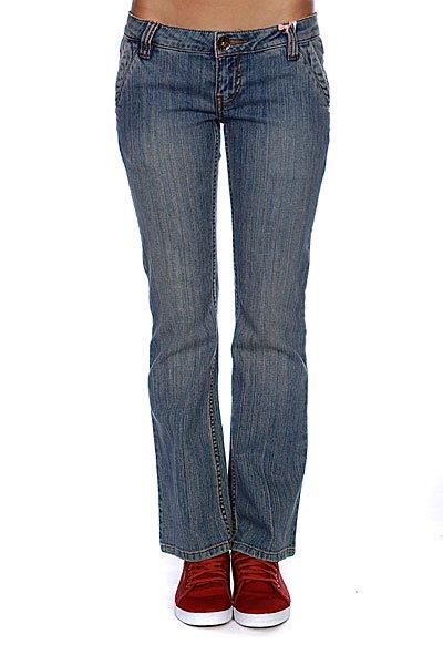 Джинсы прямые женские Animal Kelser Denim BlueСтильные женские джинсы в классической однотонной цветовой гамме.Технические характеристики: Классический прямой крой.Удобная талия.Комфортная посадка.Удобные карманы для рук.Задние карманы.Петли для ремня.Однотонный дизайн.Металлический ярлычок с логотипом.<br><br>Цвет: синий<br>Тип: Джинсы прямые<br>Возраст: Взрослый<br>Пол: Женский