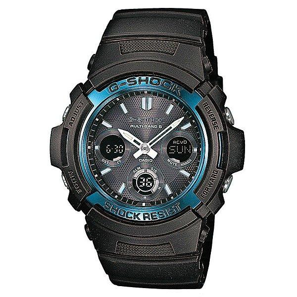 Часы Casio G-Shock AWG-M100A-1AЧтобы осветить дисплей часов даже в темноте, используется светодиод, срабатывающий после нажатия кнопки.Благодаря противоударной защите часы могут выдержать достаточно сильный удар или сотрясение без негативных последствий.Автономная экологически чистая солнечная панель обеспечивает часы энергией. Неиспользуемая энергия запасается в аккумуляторной батарейке часов.Как в Европе, Северной Америке и Японии, так и в отдаленных районах Канады, Центральной Америки и Китая часы принимают специальный радиосигнал и всегда и всюду показывают точное время. Все что вам нужно сделать – выставить на часах местное поясное время. Также во многих странах благодаря радиосигналу часы сами переходят на летнее время и обратно.С помощью функции мирового времени часы отображают время в 29 часовых поясах.Измеряет промежуток времени и время окончания с точностью до тысячных секунд. Сопровождается сигналами запуска/ остановки работы секундомера. Измеряемая способность до 100 часовНажатие на кнопку обеспечит перемещение стрелок в такое положение, которое позволит легко считать информацию с маленьких цифровых дисплеев – например, дату или показатели секундомера.Ежедневный сигнал напомнит вам о текущих делах с помощью установленного на определенное время звукового сигнала. Также по истечении каждого часа часы могут издавать сигнал, который вы можете отключить. Эта модель имеет пять независимых сигналов, что особенно удобно для напоминания о регулярных делах или встречах.Звук кнопок может быть выключен или включен благодаря использованию установочного модуля. Это означает, что часы больше не будут пищать во время перехода от одной функции к другой. При этом будильник и таймер обратного отсчета будут сигнализировать вне зависимости включен ли звук кнопок или нет.Индикатор заряда аккумулятора.Различная длина месяцев (28, 30 или 31 день) корректируется автоматически.Прочное и устойчивое к царапинам минеральное стекло защищает часы от любых повреждений, которые могут ис