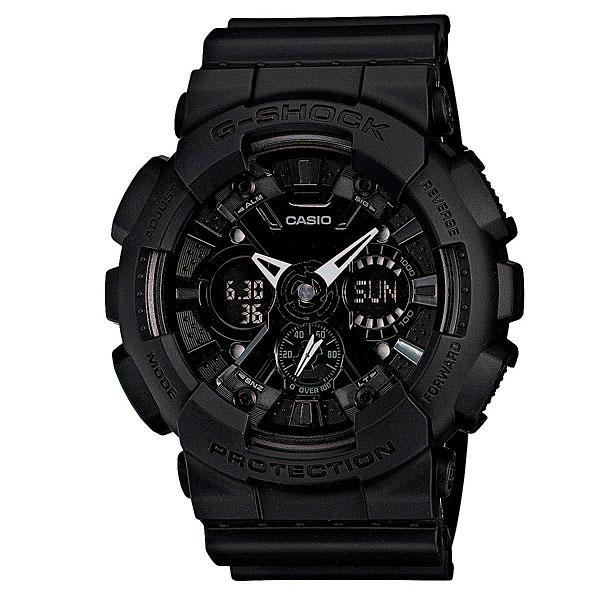 Часы Casio G-Shock GA-120BB-1AПросто немного наклоните часы к себе, чтобы включилась светодиодная подсветка циферблата.Благодаря противоударной защите часы могут выдержать достаточно сильный удар или сотрясение без негативных последствий.С помощью функции мирового времени часы отображают время в 29 часовых поясах.Измеряет промежуток времени и время окончания с точностью до тысячных секунд. Сопровождается сигналами запуска/ остановки работы секундомера. Измеряемая способность до 100 часовДля поклонников точности: в заданное время таймер обратного отсчета с помощью звукового сигнала напомнит вам о текущих или особенных событиях. Сигнал можно установить как на следующую минуту, так и на любое время до 24 часов. Также отсчет может начаться в заранее заданное время. Идеально подойдет тем, кому необходимо ежедневно принимать лекарства, а также при тренировках с чередующимися нагрузками.Ежедневный сигнал напомнит вам о текущих делах с помощью установленного на определенное время звукового сигнала. Также по истечении каждого часа часы могут издавать сигнал, который вы можете отключить. Эта модель имеет пять независимых сигналов, что особенно удобно для напоминания о регулярных делах или встречах.После прекращения сигнала будильника он снова начинает звучать спустя несколько секунд.Батарейка обеспечит работу всех функций часов на протяжении около 3 лет. Прочное и устойчивое к царапинам минеральное стекло защищает часы от любых повреждений, которые могут испортить внешний вид часов.Пластиковый корпус.Ремешок из пластика.Отлично подходят для ныряния без акваланга: выдерживают давление до 20 бар / 200 метров. Эта величина означает не допустимую глубину погружения, а атмосферное давление, которое выдерживает модель во время теста на водонепроницаемость (ISO 2281).Точность хода +/- 15 секунд в месяц.Тип батарейки CR1220.Размеры: 55 мм x 51,2 мм x 16,9 мм (В x Ш x Т).Вес 72 гр.<br><br>Тип: Кварцевые часы<br>Возраст: Взрослый<br>Пол: Мужской