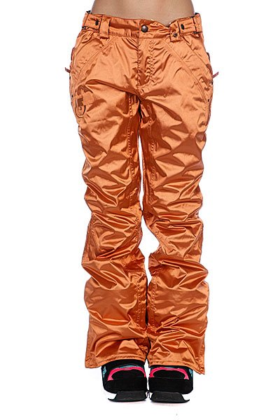 Штаны сноубордические женские Burton Wms Chase Pt CopperТехнические характеристики:      Утеплитель - Thermacore™ 60 гр.  Мембрана: DRYRIDE Durashell 2-Layer – 15,000 мм/10,000 гр.   Артикуляционная форма колена Leg Lifts™. Внутренняя подкладка из тафты. Вентиляция с внутренней стороны бедра.  Регулируемые манжеты. Все швы проклеены водонепроницаемой лентой.  Петли для ремня. Регулируемый пояс.  Два кармана для рук на кнопках.Два задних кармана на молнии.  Фасон: стандартный (standard Fit).<br><br>Цвет: оранжевый<br>Тип: Штаны сноубордические<br>Возраст: Взрослый<br>Пол: Женский