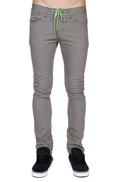 Джинсы узкие мужские зауженные Krew K Skinny Lk Grey GreyОчень узкие джинсы в классическом однотонном дизайне с декоративным шнурком на талии.Технические характеристики: Очень узкий крой.Заниженная талия.Карманы для рук.Задние карманы.Петли для ремня.Классический однотонный дизайн.Шнурок на талии.Ярлычок с логотипом.<br><br>Цвет: черный<br>Тип: Джинсы узкие<br>Возраст: Взрослый<br>Пол: Мужской