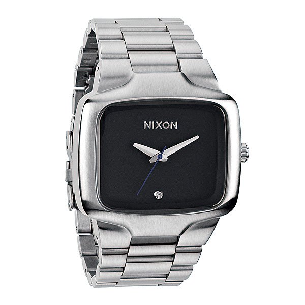 Часы Nixon Big Player BlackЛегендарная модель стала выглядеть более респектабельно. Особенно нужно отметить алмаз внизу циферблата. А вообще, модель Player теперь в трёх размерах.Механизм:Японский кварцевый механизм Miyota,3 стрелки, алмаз на циферблатеТочность хода 1/20 секундыКорпус:Ширина 44 мм,Нержавеющая сталь с покрытием,Водонепроницаемость с характеристикой 100 м (выдерживает 10 атмосфер),Усиленное минеральное стеклоРемешок:Сужающийся браслет из нержавеющей сталиШирина: 28-22 мм, замок из нержавеющей стали.<br><br>Тип: Кварцевые часы<br>Возраст: Взрослый<br>Пол: Мужской