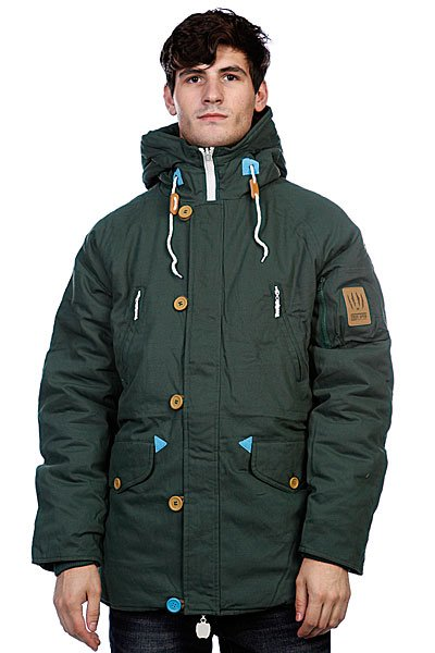 Куртка парка True Spin Alaska Jacket Hunter Green/LeopardTrueSpin выпустил новую порцию зимних курток. Эта коллекция отличается лаконичностью, которая немного не привычна для этого бренда. Они сделаны из очень плотного канваса, который защитит от холодного ветра и другой зимней непогоды. Дизайн куртки позволяет носить ее наизнанку - на внутренней стороне нашли себе место уже знакомые принты! Куртка доступна в трех ярких цветах!<br><br>Цвет: зеленый<br>Тип: Куртка парка<br>Возраст: Взрослый<br>Пол: Мужской