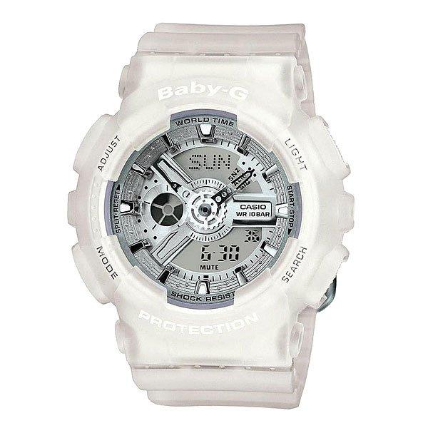 Часы женские Casio Baby-G Ba-110-7A3Пол: женские   Механизм: кварцевые   Материал корпуса: пластик   Стекло: минеральное   Тип браслета/ремня: пластиковый ремень   Водозащита: 100м   Мультифункциональные часы: да   Будильник: есть   Подсветка (кварц.): есть   Жидкокристаллический дисплей (кварц.): есть  Особенности:    Данная модель представлена в аналого-цифровом варианте (стрелки + Жидкокристаллический дисплей)   Светодиодная подсветка     Для освещения циферблата используется светодиод.   Мировое время     В данном режиме вы можете просмотреть местное время в некоторых основных городах и определенных регионах мира. Показания текущего времени в 48 городах (29 часовых зон).   Секундомер     Точное измерение истекшего времени касанием кнопки. Секундомер позволяет регистрировать отдельные отрезки времени, время с промежуточным результатом и время двойного финиша. Точность измерения 1/100 сек, запас измерения 24 часа.   Таймер обратного отсчета      Производит обратный отсчет, начиная с заданного вами времени. При окончании отсчета (0 минут, 0 секунд) издается 10-секундный сигнал. Максимальное время установки 24 часа - шаг измерения 1/1 сек, минимальное время установки 1 минута.   Будильник     Ежедневный сигнал звучит каждый день в установленное вами время. Можно установить до 5 независимых ежедневных сигналов.   Функция повтора сигнала будильника (SNOOZE)     Через несколько минут после остановки сигнала он повторяется.   Ежечасный сигнал     Функция ежечасного сигнала обеспечивает подачу часами звукового сигнала при наступлении каждого нового часа.   Включение/выключение звука кнопок     При желании звук кнопок при переходе из одного режима в другой может быть выключен. При этом звук будильника и таймера обратного отсчета будет работать независимо от этого.   Полностью автоматический календарь     Автоматически учитываются месяцы разной продолжительности и високосные годы.   12- и 24-часовой формат времени     Время может отображаться как в 12-часовом, так и в 24-ч