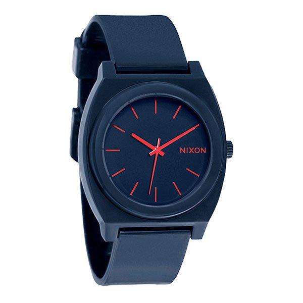 Часы Nixon Time Teller P Matte NavyМаксимально плоские, кислотно яркие и невероятно простые, эти часы созданы для того, чтобы сообщать вам точное время. Японский кварцевый механизм, поликарбонатный корпус с прочным минеральным стеклом, полиуретановый ремешок, поликарбонатная застежка, и водонепроницаемость 100 метров, делают данные часы прекрасным выбором для людей, которые проводят свой отдых на воде.Корпус:Тип: цельный корпус с привинчиваемой крышкой и заводной головкойДиаметр: (40 мм)Материал: полимерныйБезель: фиксированный из поликарбонатаУсиленное минеральное стекло;Водонепроницаемость: 100 мМеханизм:Механизм кварцевый Miyota (Япония)Точность: 1/20 секундыФункции: часы, минуты, секунды.Браслет:Ремешок: Фирменный полимерный ремешок с двойной фиксацией замка «Looking Lopper» (Мертвая петля), данный ремешок фиксируется не только замком из нержавеющей стали, но и сам ремешок имеет дополнительный фиксатор на кольце ремешка.<br><br>Тип: Кварцевые часы<br>Возраст: Взрослый<br>Пол: Мужской