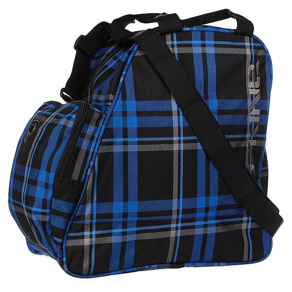 Рюкзак Dakine Boot Bag 30l BridgeportСумка для ботинок Dakine Boot Bag - это сумка для переноски и хранения ботинок для сноуборда, роликов или коньков. Переносить можно за ручки сверху или на плече, за съёмную лямку.Характеристики:  Большое основное отделение на молнии. Две ручки  для переноски в руках.  Съемная регулируемая ручка для переноски сумки через плечо. Передний накладной карман. Может использоваться для хранения перчаток, шапки и прочих мелочей (ключей, кошелька).<br><br>Цвет: черный,синий<br>Тип: Сумка для обуви<br>Возраст: Взрослый<br>Пол: Мужской