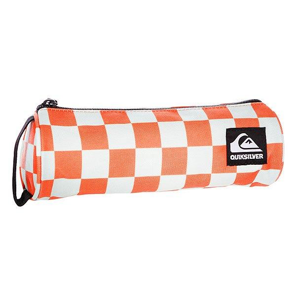 Пенал Quiksilver Pencil Case Newport - ПодарокВместительный пенал поможет сохранить все ваши принадлежности в полном порядке.Характеристики:Верх из полиэстера. Основное отделение на молнии. Тонкий кистевой ремешок.<br><br>Цвет: оранжевый,серый<br>Тип: Пенал<br>Возраст: Взрослый<br>Пол: Мужской