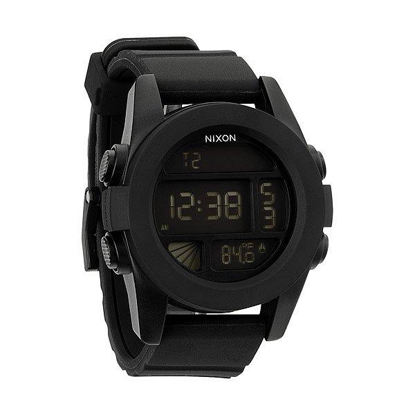 Часы Nixon Unit BlackТяжелая артиллерия. Unit 40 уменьшились в размерах, но увеличили свой функционал. В эту маленькую копию модели Unit был добавлен термометр и подсветка, а хороший дизайн остался.Механизм:&amp;nbsp;Электронный хронометр,&amp;nbsp;Функции: часы, календарь, 2 времени, будильник, таймер обратного отсчета, волновой счетчик, подсветка, режим негатива, термометрКорпус:&amp;nbsp;Диаметр: 40 мм,&amp;nbsp;Материал: поликарбонат,&amp;nbsp;Водонепроницаемость с характеристикой 100 м (10 атмосфер),&amp;nbsp;Прочное минеральное стеклоРемешок:&amp;nbsp;Полиуретановый ремешок 22 мм с пряжкой из нержавеющей стали,&amp;nbsp;Застежка из полиуретанового запатентованного замка Looper.<br><br>Тип: Электронные часы<br>Возраст: Взрослый<br>Пол: Мужской