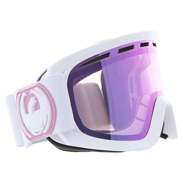 Маска для сноуборда Dragon D2 White/Pink Ion + Ionized RlТехнические характеристики:  Цилиндрическая  форма линз.  Двойная конструкция линзы из лексана.  Технология антибликового защитного покрытия линз (на 100% защищает от ультрафиолетового излучения (блокирует вредное UVA, UVB, UVC излучение, а также ультрафиолетовое излучение до 400 NM).  Технология антизапотевания линзы Super Anti-Fog.  Вентиляционные отверстия сверху маски.  Гибкая оправа из полиуретана.  Внутреннее покрытие из защитной двойной формирующей пены для лучшего прилегания маски к лицу и потоотведения.  В месте соприкосновения с лицом дополнительный слой нежного поглощающего влагу флиса. Линзы с устойчивым к царапинам покрытием. Регулируемый ремешок с накладкой против скольжения.  Совместимость со всеми видами шлемов.  Оптимизирована для средней и большой формы лица.  Светопередача – 62-66%, подходит для меняющихся условий освещения от облачной погоды до умеренного солнца, добавляет четкости и устраняет блики.Дополнительная сменная линза в комплекте (Светопередача –33-35 % (Лучше всего подходит для яркого солнца, добавляет четкости и защищает от яркого света.)<br><br>Цвет: белый,фиолетовый<br>Тип: Маска для сноуборда<br>Возраст: Взрослый<br>Пол: Мужской