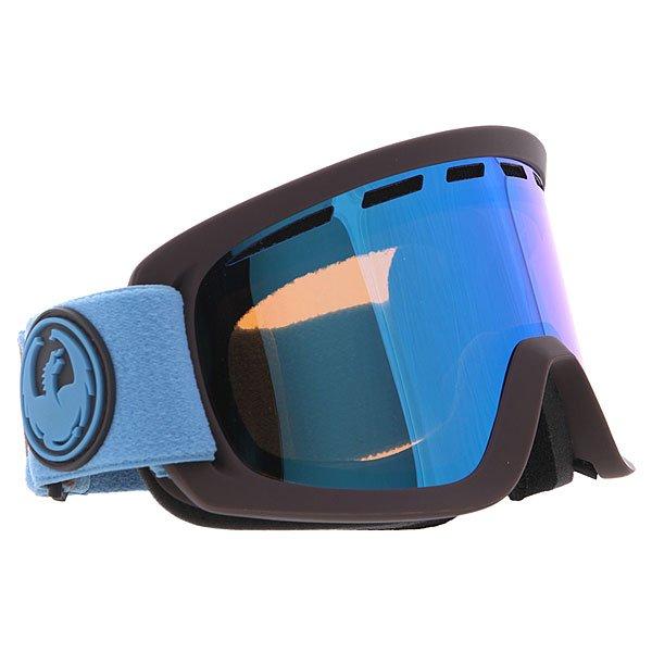 Маска для сноуборда Dragon D2 Titian/Blue Steel + YellowТехнические характеристики:  Цилиндрическая  форма линз.  Двойная конструкция линзы из лексана.  Технология антибликового защитного покрытия линз (на 100% защищает от ультрафиолетового излучения (блокирует вредное UVA, UVB, UVC излучение, а также ультрафиолетовое излучение до 400 NM).  Технология антизапотевания линзы Super Anti-Fog.  Вентиляционные отверстия сверху маски.  Гибкая оправа из полиуретана.  Внутреннее покрытие из защитной двойной формирующей пены для лучшего прилегания маски к лицу и потоотведения.  В месте соприкосновения с лицом дополнительный слой нежного поглощающего влагу флиса. Линзы с устойчивым к царапинам покрытием. Регулируемый ремешок с накладкой против скольжения.  Совместимость со всеми видами шлемов.  Оптимизирована для средней и большой формы лица.  Светопередача –20-25% (подходит для яркого солнца, добавляет четкости и защищает от яркого света). Дополнительная сменная линза в комплекте (Светопередача – 79%, подходит для вечернего катания и катания в условиях плохой видимости.)<br><br>Цвет: синий<br>Тип: Маска для сноуборда<br>Возраст: Взрослый<br>Пол: Мужской