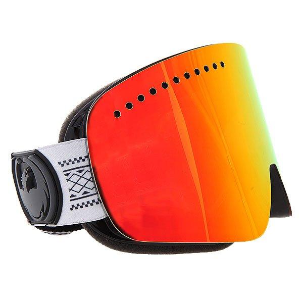Маска для сноуборда Dragon NFX Tj Schiller/Red Ionized + Yellow Blue IonizedТехнические характеристики:  Цилиндрическая  форма линз.  Infinity Lens Technology  обеспечивает максимальный обзор. Технология антибликового защитного покрытия линз (на 100% защищает от ультрафиолетового излучения (блокирует вредное UVA, UVB, UVC излучение, а также ультрафиолетовое излучение до 400 NM).  Технология антизапотевания линзы Super Anti-Fog.  Оптически корректные линзы. Гибкая оправа из полиуретана.  Внутреннее покрытие из защитной тройной формирующей пены для лучшего прилегания маски к лицу и потоотведения.  В месте соприкосновения с лицом дополнительный слой нежного поглощающего влагу флиса Polartec. Линзы с устойчивым к царапинам покрытием. Регулируемый ремешок с накладкой против скольжения.  Совместимость со всеми видами шлемов.  Оптимизирована для средней и большой формы лица.  Светопередача –19-22 % (Лучше всего подходит для яркого солнца, добавляет четкости и защищает от яркого света). Дополнительная сменная линза в комплекте (Светопередача – 48-57%, подходит для меняющихся условий освещения от слабого освещения до облачной погоды, добавляет четкости и защищает от яркого света.)<br><br>Цвет: серый<br>Тип: Маска для сноуборда<br>Возраст: Взрослый<br>Пол: Мужской