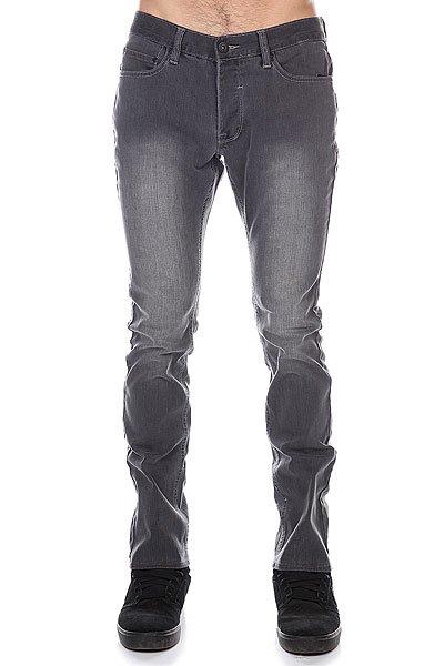 Джинсы прямые Matix Constrictor HesgНеудобство, беспокойство, узкие джинсы… Кому это нужно? Простые свободные джинсы на все времена. Они позволят расслабиться и забыть о всех неудобствах.Характеристики:Стильный дизайн. 5 карманов.Прямой крой.<br><br>Цвет: серый<br>Тип: Джинсы прямые<br>Возраст: Взрослый<br>Пол: Мужской
