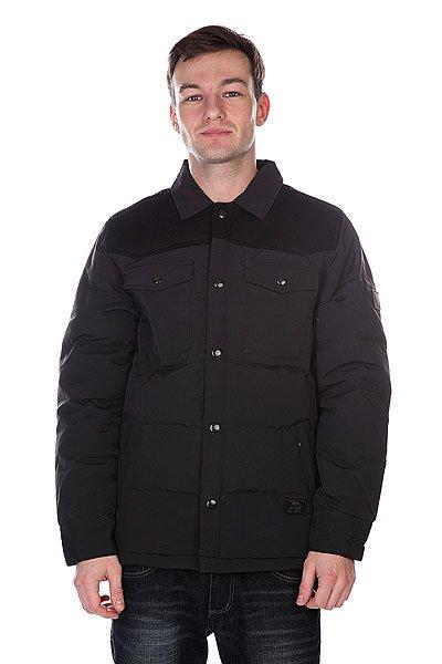 Куртка Etnies Woodsman Jacket BlackТехнические характеристики: Верх из 100% нейлона.  Застежка – кнопки. Два боковых прорезных кармана для рук. Классический воротник-стойка.Внутренний потайной карман.  Фасон: стандартный (regular fit).<br><br>Цвет: черный<br>Тип: Куртка зимняя<br>Возраст: Взрослый<br>Пол: Мужской