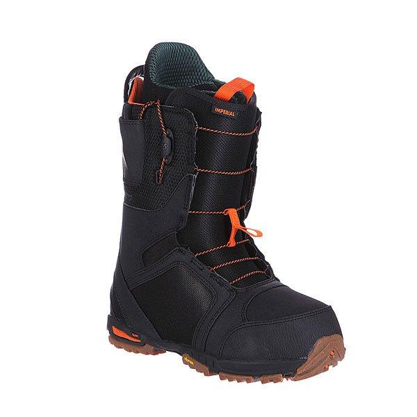 Ботинки для сноуборда Burton Imperial Black/GumБотинки Imperial представляют собой отличное соотношение цена / качество. Из основных особенностей стоит отметить использование материала S4, который очень устойчив к деформации и продлевает жизнь ботинку на долгие годы. Вам не придётся менять ботинок по причине потери изначальной жёсткости.Характеристики:  Технология уменьшенного следа Shrinkage™(след от ботинка на размер меньше, чем размер самого ботинка).  Система шнуровки Speed Zone (мягкие толстые резинки с фиксатором на манжете).  Внутренник Imprint 3 с технологией Rad Pad.  Оптимизированная стелька EST®(более тонкая, с уменьшенным углом подъема).  3D формирующий язычок. Ультралегкая капсолевая резиновая подошва. Жесткость – 6 из 10.<br><br>Цвет: черный<br>Тип: Ботинки для сноуборда<br>Возраст: Взрослый<br>Пол: Мужской