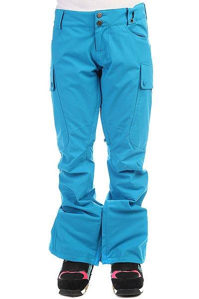 Брюки женские Burton Gloria Blue RayУдобные штаны из тянущейся мембранной ткани, готовые порадовать Вас свободой движений и защитить от ветра и снега. Достаточно большие, но не мешающие боковые карманы с легкостью вместят все необходимые мелочи, а лаконичный дизайн заменит на склоне любимые джинсы, которых, возможно, Вам так не хватало.Характеристики:Мембранная ткань Dryride с влагоотталкивающим покрытием DWR. Подкладка Taffeta с сетчатым покрытием: приятная телу подкладка, отлично отводящая влагу. Полностью проклеенные швы.Возможность подвернуть штанину, пристегнув ее для препятствия истиранию низа.Снегозащитные манжеты на штанинах. Мягкая подкладка в карманах.Возможность регулировки снежных манжет на штанинах. Регулировка талии. Эргономичный крой. Боковые вместительные карманы. Подкладка в области пояса из микрофлиса. Вентиляция на молнии с внутренней стороны бедра.Два заднихкармана.<br><br>Цвет: голубой<br>Тип: Штаны сноубордические<br>Возраст: Взрослый<br>Пол: Женский
