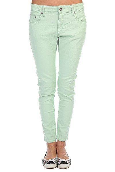 Джинсы узкие женские Roxy Pixie Colors J Sea GlassСтильные укороченные джинсы модного мятного оттенка от Roxy выполнены из хлопкового денима.Характеристики:Модель зауженного кроя.Застежка на молнию и пуговицу. Три передних и два задних кармана. Шлевки для ремня.<br><br>Цвет: зеленый<br>Тип: Джинсы узкие<br>Возраст: Взрослый<br>Пол: Женский