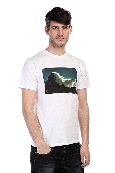 Футболка Analog Pla Matterhorn White<br><br>Цвет: белый<br>Тип: Футболка<br>Возраст: Взрослый<br>Пол: Мужской