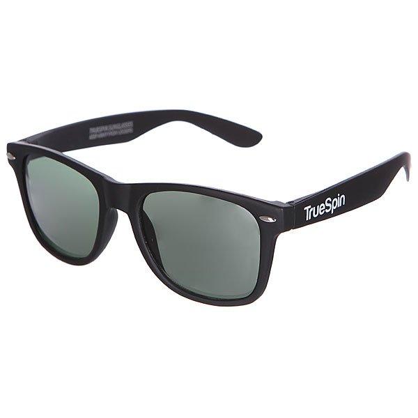 Очки TrueSpin Classic Matte BlackКлассические солнцезащитные очки от немецкого бренда True Spin.Технические характеристики: Оправа из пластика.Линзы из пластика.Металлические петли.Чехол в комплекте.<br><br>Цвет: черный<br>Тип: Очки<br>Возраст: Взрослый<br>Пол: Мужской