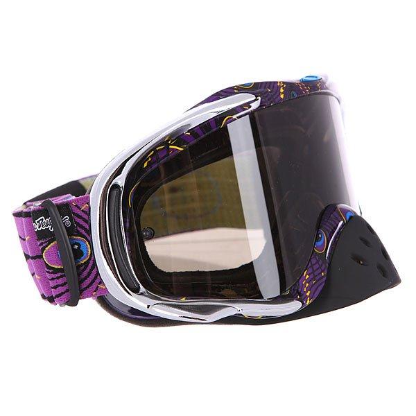Маска для мотоспорта Oakley Crowbar Mx Tld Discharge Purple Dark GreyПрочная маска в легком дизайне с неограниченным обзором.Технические характеристики: Ударопрочные линзы из материала Lexan™.Устойчивое к царапинам покрытие линз.Защита от запотевания F2 Anti-fog.Съемная защита для носа.Тройной слой пены и слой микро флиса.Широкий регулирующийся ремень.Силиконовые нити против скольжения.Возможность установки отрывных линз.Чехол в комплекте.<br><br>Цвет: фиолетовый,серый<br>Тип: Маски<br>Возраст: Взрослый<br>Пол: Мужской