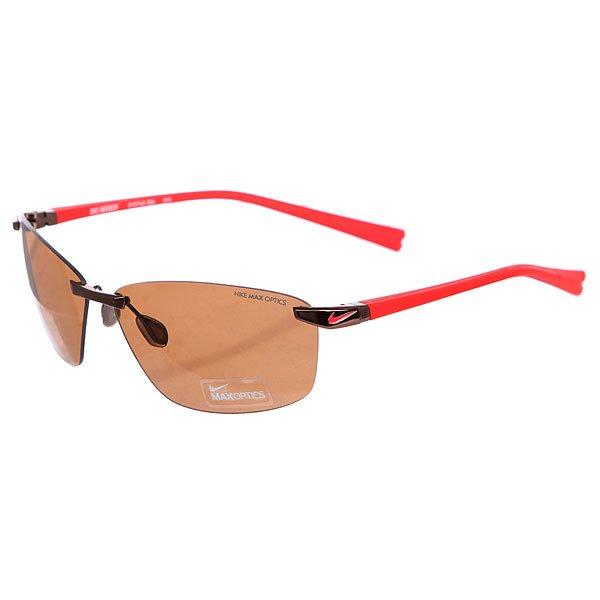 Очки Nike Optics Emergent Walnut Hyper Red/Brown LensБескаркасные очки с двойными линзами на каждый день.Технические характеристики: 100% защиты от УФ-лучей (UVA, UVB и UVC).Линзы Nike Max Optics для четкого изображения с любого ракурса.Легкая оправа для большего комфорта и долговечности.Футляр в комплекте.<br><br>Цвет: красный<br>Тип: Очки<br>Возраст: Взрослый<br>Пол: Мужской