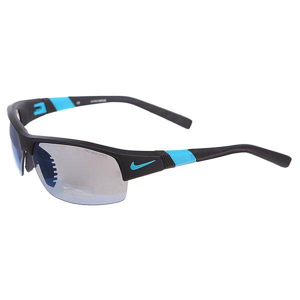 Очки Nike Optics Show X2 R Grey W/Sky Blue Flash/Clear Lens Matte Black/Turbo GreenДвойные линзы в новой, инновационной оправе. Очки, которые обеспечат надежное сцепление, стабильность и комфорт во время занятий спортом.Технические характеристики: Вентилируемый мост улучшает комфорт и уменьшает запотевание.Объемные линзы для максимального охвата.100% защиты от УФ-лучей (UVA, UVB и UVC).Линзы Nike Max Optics для четкого изображения с любого ракурса.Легкий нейлоновый каркас для большего комфорта и долговечности.Петли Cam-action.Регулируемые окончания заушников, также обеспечивают устойчивость оправы.Возможность установки сменных линз.Футляр в комплекте.<br><br>Цвет: черный,голубой<br>Тип: Очки<br>Возраст: Взрослый<br>Пол: Мужской