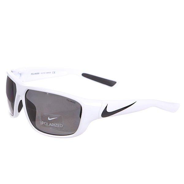 Очки Nike Optics Mercurial 8.0 P White/Black Grey Polarized LensЛегкие и комфортные очки, которые идеально подходят для занятия спортом.Технические характеристики: Спортивная оправа.100% защиты от УФ-лучей (UVA, UVB и UVC).Поляризованные линзы.Легкий нейлоновый каркас для большего комфорта и долговечности.Петли Cam-action.Мягкие резиновые носовые упоры и дужки.Футляр в комплекте.<br><br>Цвет: белый<br>Тип: Очки<br>Возраст: Взрослый<br>Пол: Мужской