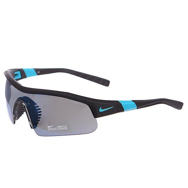 Очки Nike Optics Show X1 Pro R Grey W/Sky Blue Flash Lens/Matte Black/Turbo GreenОчки гарантируют Вам надежное сцепление, стабильность и комфорт. Идеально подходят для тренировок, гольфа, тенниса и велосипедных прогулок.Технические характеристики: Вентилируемая резиновая переносица улучшает комфорт и уменьшает запотевание.Объемные линзы для максимального охвата.100% защиты от УФ-лучей (UVA, UVB и UVC).Линзы Nike Max Optics для четкого изображения с любого ракурса.Легкий нейлоновый каркас для большего комфорта и долговечности.Петли Cam-action.Регулируемые окончания заушников, также обеспечивают устойчивость оправы.Сменная линза и футляр в комплекте.<br><br>Цвет: черный<br>Тип: Очки<br>Возраст: Взрослый<br>Пол: Мужской