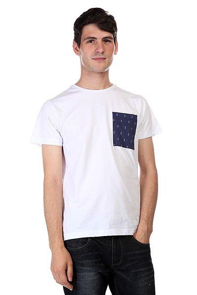 Футболка CLWR Pocket White<br><br>Цвет: белый<br>Тип: Футболка<br>Возраст: Взрослый<br>Пол: Мужской
