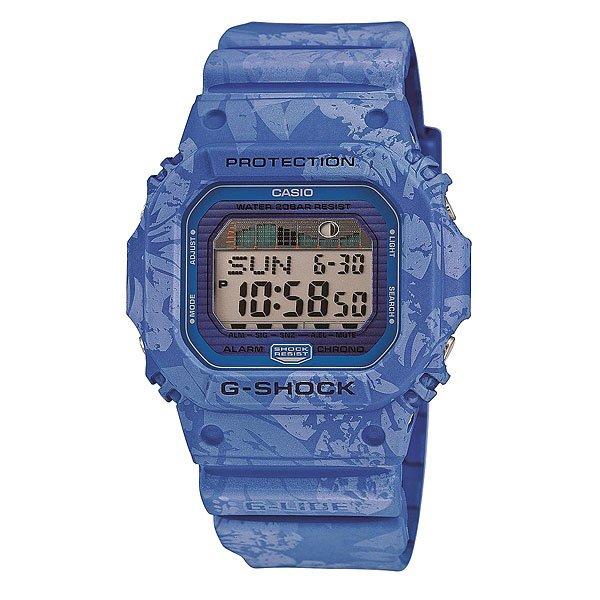 Часы Casio G-Shock Glx-5600f-2e BlueЕсли Вы часто путешествуете, много времени проводите в походах на природе, тогда Вам нужны часы с соответствующим функционалом. Предлагаем вам обратить внимание на стильную модель Casio G-Shock GLX-5600.Эти часы выполнены в классическом дизайне, корпус из пластика синего цвета. Благодаря эргономичным размерам модель получилась довольно легкой, что немаловажно в походах. Присутствует важная для активных людей функция отображения фаз луны, а также многое другое.Характеристики: Автоматическая электролюминесцентная подсветка всего циферблата, активируется при повороте часов. Функция послесвечения – подсветка работает ещё несколько секунд после нажатия кнопки.Светодиодная индикация при сигнале будильника, окончании отсчёта таймера или секундомера.Функция мирового времени.Два формата отображения времени: 12-часовой и 24-часовой.Секундомер с точностью измерения 1/100 сек., длительностью до 24 часов.3 многофункциональных будильника – датированный, ежедневный, ежемесячный. Стандартный будильник с функцией автоповтора. Включение/выключение звука кнопок.  Таймер обратного отсчёта, до 24 часов. Опция автоповтора.Автоматический календарь. Сигнал для оповещении об окончании каждого часа.Прочное, устойчивое к царапинам минеральное стекло защищает часы от повреждений.Корпус из полимерного пластика и нержавеющей стали. Ремешок из полимерного материала. Водонепроницаемость (20 Бар/200 м). 7 лет работы от батарейки типа CR2025.<br><br>Цвет: синий<br>Тип: Электронные часы<br>Возраст: Взрослый<br>Пол: Мужской