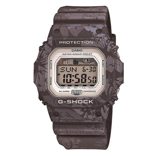 Часы Casio G-Shock Glx-5600f-8e GreyЕсли Вы часто путешествуете, много времени проводите в походах на природе, тогда Вам нужны часы с соответствующим функционалом. Предлагаем вам обратить внимание на стильную модель Casio G-Shock GLX-5600.Эти часы выполнены в классическом дизайне, корпус из пластика синего цвета. Благодаря эргономичным размерам модель получилась довольно легкой, что немаловажно в походах. Присутствует важная для активных людей функция отображения фаз луны, а также многое другое.Характеристики: Автоматическая электролюминесцентная подсветка всего циферблата, активируется при повороте часов. Функция послесвечения – подсветка работает ещё несколько секунд после нажатия кнопки.Светодиодная индикация при сигнале будильника, окончании отсчёта таймера или секундомера.Функция мирового времени.Два формата отображения времени: 12-часовой и 24-часовой.Секундомер с точностью измерения 1/100 сек., длительностью до 24 часов.3 многофункциональных будильника – датированный, ежедневный, ежемесячный. Стандартный будильник с функцией автоповтора. Включение/выключение звука кнопок.  Таймер обратного отсчёта, до 24 часов. Опция автоповтора.Автоматический календарь. Сигнал для оповещении об окончании каждого часа.Прочное, устойчивое к царапинам минеральное стекло защищает часы от повреждений.Корпус из полимерного пластика и нержавеющей стали. Ремешок из полимерного материала. Водонепроницаемость (20 Бар/200 м). 7 лет работы от батарейки типа CR2025.<br><br>Цвет: серый<br>Тип: Электронные часы<br>Возраст: Взрослый<br>Пол: Мужской