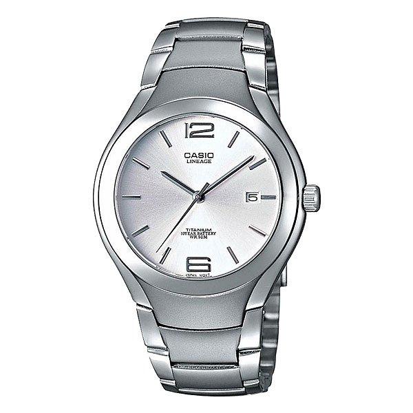 Часы Casio Collection Lin-169-7a GreyТехнические характеристики:  Дисплей с датой.Прочное, устойчивое к царапинам минеральное стекло защищает часы от повреждений.  Корпус из титана.Прочное, устойчивое к царапинам минеральное стекло защищает часы от повреждений. Резьбовое соединение на основании корпуса оптимально защищает внутренний механизм часов и одновременно обеспечивает легкий доступ, например, при замене аккумулятора.Аккумулятор обеспечивает часы достаточным питанием приблизительно на 10 лет.   Всегда надежно: у этих часов есть особая безопасная предохранительная защелка, которая помогает предотвратить случайное расстегивание ремешка. Эти часы можно носить при принятии душа или ванны - часы проверены на водонепроницаемость до 5 Бар/на глубине до 50 метров.Точность:+/- 20 сек в месяц.  Тип батареи: CR2012.<br><br>Цвет: серый<br>Тип: Кварцевые часы<br>Возраст: Взрослый<br>Пол: Мужской