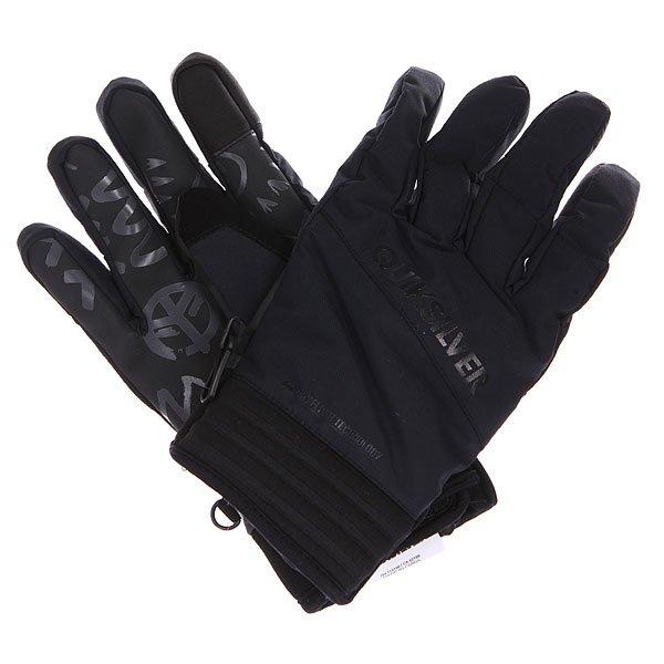 Перчатки сноубордические Quiksilver Method Glove BlackПоддержать райдера во всех активностях и оставить руки сухими и теплыми помогут яркие эргономичные перчатки Quiksilver Method. Сколько бы времени Вы не проводили на склоне или на улице, перчатки Method отлично справятся со своими задачами, ограждая юного спортсмена от ветра и снега, а эргономичный изогнутый крой обеспечит невероятно комфортное ношение с первого раза. Характеристики:Водостойкая и дышащая мембранная ткань Dry Flight. Эргономичный изогнутый крой с коротким манжетом: максимально продуманный дизайн, который не сковывает движений.Замшевая вставка на большом пальце, отлично подходит для протирки маски или объектива.Эластичный фиксатор на запястье. Регулируемый манжет на липучке.Эластичный ремешок. Силиконовый принт на ладони для лучшего сцепления.Ладошка из материала Amara.<br><br>Цвет: черный<br>Тип: Перчатки сноубордические<br>Возраст: Взрослый<br>Пол: Мужской