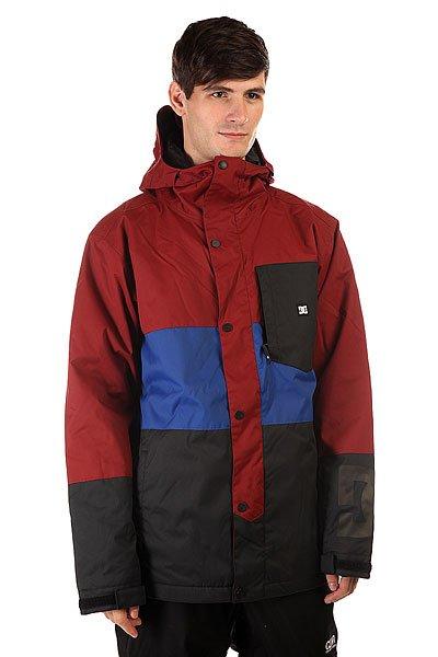 Куртка DC Defy Jkt SyrahНадежная защита от любой непогоды и смелый, асимметричный стиль делают куртку DC Defy отличным выбором, независимо от того, где Вы можете оказаться. Влагостойкий материал Exotex 10K в сочетании с утеплителем сохранят Вас в тепле и сухости, а сетчатые карманы для вентиляции позволят отрегулировать температуру прямо на ходу.                                                                Технические характеристики: Утеплитель -тинсулейт.Подкладка - тафта.Водонепроницаемая мембрана - Exotex 10K(10 000 мм / 10 000 г).Проклеенные швы. Высокий воротник стойка.Фиксированный  капюшон.Сеточная вентиляция.Фиксированная снежная юбка.Манжеты из лайкры с отверстием для большого пальца.Подол с утяжкой.Нагрудный медиакарман на молнии.Карман для скипасса на молнии.Карман для маски.Два боковых кармана для рук на молнии.Застежка - молния+кнопки.Регулируемые манжеты на рукавах на липучках.Фасон: стандартный (regular fit).<br><br>Цвет: бордовый,синий<br>Тип: Куртка утепленная<br>Возраст: Взрослый<br>Пол: Мужской