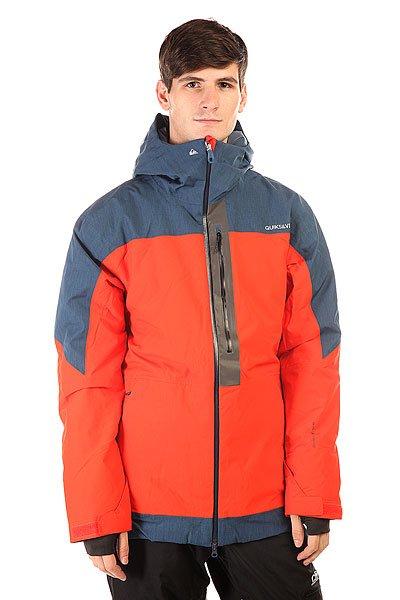 Куртка Quiksilver Tension Jkt PoincianaВ этой куртке Вам не придется переживать о плохой погоде или возможном ее ухудшении в течение дня, ведь Quiksilver Tension готова обеспечить максимальный комфорт, независимо от изменчивых погодных условий. С ней вы гарантированно останетесь в тепле и сухости, а отличный дизайн куртки добавит стиля Вашему образу. Коллекция Snow Performance.  Технические характеристики: Утеплитель - 3M™ Thinsulate™ Type M.Подкладка - тафта.Водонепроницаемая мембрана Dry Flight 15K(15 000 мм/15 000г).Проклеенные швы.Высокий воротник-стойка.Фиксированный капюшон с регулировкой.Сеточная вентиляция.Система крепления штанов к курткеЗащита подбородка от натирания молнией из микрофибры.Врезной нагрудный карман на молнии.Два боковых кармана на молнии.Медиакарман.Карман для скипасса.Карман для маски.Фиксированная противоснежная юбка из синтетической тафты с эластичной вставкой из лайкры.Регулируемые манжеты на липучках.Лайкровые манжеты с отверстием для большого пальца.Подол с утяжкой.Застежка - молния.Молнии YKK® Aquaguard®.Клипса для ключей.Светоотражающая отделка в районе нагрудного кармана.Фасон: стандартный (regular fit).<br><br>Цвет: красный,синий<br>Тип: Куртка утепленная<br>Возраст: Взрослый<br>Пол: Мужской