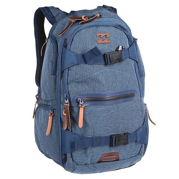 Рюкзак спортивный Billabong Combat Backpack MarineНевероятно вместительный рюкзак Billabong Combat готов стать не только отличным спутником в городских приключениях, но и вместит все необходимые гаджеты и вещи для длительных поездок. В этом рюкзаке Вы с сможете с легкостью систематизировать все необходимые вещи, главное не забыть захватить с собой любимый скейт или компактную рыбку для более динамичного передвижения по улицам города, потому что в Combat Backpack ко всему прочему предусмотрены удобные крепления для доски.                                                                                                Технические характеристики: Внешние крепления для скейтборда, возможно использовать как компрессионные ремни.Внешний карман на молнии для документов.Ручка для переноски.Сетчатая эргономичная спинка.Эргономичные лямки с поперечным ремешком.Мягкий отсек для 15-дюймового ноутбука.Отсек для планшета.Вместительный основной отсек.Сетчатый внутренний карман.Верхний мягкий карман для очков или плеера.Четыре боковых кармана на молнии.Логотип на внешней стороне.Вертикальный небольшой карман сбоку в спинке.<br><br>Цвет: синий<br>Тип: Рюкзак спортивный<br>Возраст: Взрослый<br>Пол: Мужской
