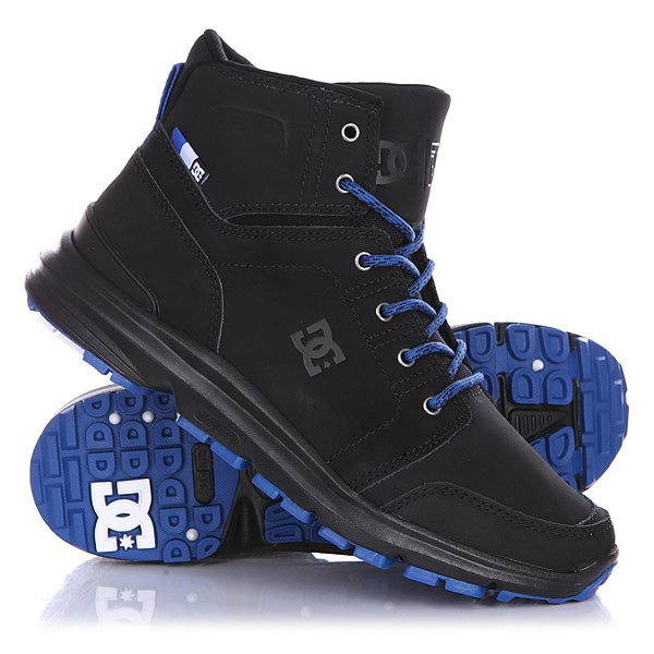 Ботинки высокие DC Torstein Black/BlueЭти ботинки созданы для комфортных прогулок по заснеженным улицам города. Крепкая, но гибкая подошва в сочетании с амортизирующей подошвой UNILITE™ составляют удобную для длительных прогулок колодку. Чистый дизайн носка с дополнительной прострочкой и высокая конструкция ботинка создают идеальный силуэт, сочетающийся с любым стилем одежды. Технические характеристики: Усиленный носок и пятка.Металлические люверсы.Подкладка - текстиль. Эргономичный язык со вставками.Ребристый цепкий протектор для предотвращения скольжения.Революционная резиновая подошва UNILITE™.<br><br>Цвет: черный,синий<br>Тип: Ботинки высокие<br>Возраст: Взрослый<br>Пол: Мужской
