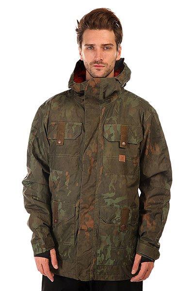 Куртка DC Servo Camo LodgeСноубордическая куртка DC Servo призвана обеспечить Вам максимальный комфорт при катании в любую погоду. Влагостойкая ткань Exotex 15K надежно защитит от промокания, а подкладка из тафты добавит мягкости и удобства.   Технические характеристики: Подкладка - тафта.Водонепроницаемая мембрана Exotex 15K (15 000 мм / 15 000 г).Проклеенные швы.Фиксированный капюшон с козырьком.Высокий воротник стойка.Вентиляционные отверстия на молнии.Нагрудные карманы на кнопке.Два боковых кармана на кнопке.Внутренний сетчатый карман на липучке.Карман для ски-пасса на молнии.Карман для медиа.Фиксированная снежная юбка.Регулируемые манжеты на липучках.Лайкровые манжеты с отверстием для большого пальца.Застежка - молния+липучки.Фасон: стандартный (regular fit).<br><br>Цвет: зеленый<br>Тип: Куртка утепленная<br>Возраст: Взрослый<br>Пол: Мужской