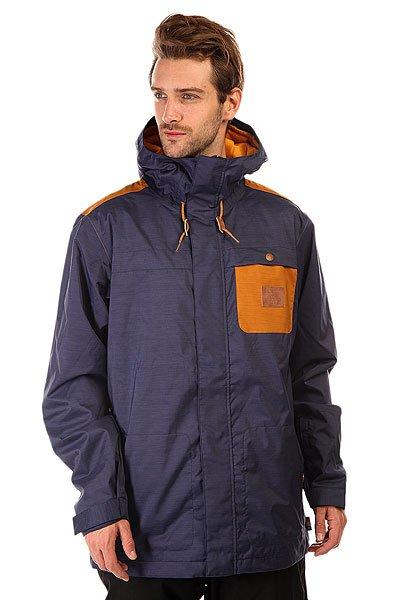 Куртка DC Delinquent Patriot BlueЛаконичный дизайн с контрастным нагрудным карманом и достаточно свободный крой, не стесняющий движений. Если Вы искали куртку, готовую защитить Вас от снега, ветра и слякоти, то DC Delinquent готова выполнить Ваши требования.  Технические характеристики: Подкладка - тафта.Водонепроницаемая мембрана Exotex 10K (10 000 мм / 10 000 г).Критические швы проклеены.Фиксированный капюшон.Капюшон с 2 вариантами регулировки.Высокий воротник стойка.Нагрудный карман с нашивкой.Два боковых кармана на молнии.Карман для скипасса на липучке Velcro на рукаве.Карман с изнанки на липучке Velcro с медиа портом.Потайной сеточный карман с изнанки.Фиксированная снежная юбка.Регулируемые манжеты на липучках.Застежка - молния+липучки.Фасон - удлиненный (tailored fit).<br><br>Цвет: синий,коричневый<br>Тип: Куртка утепленная<br>Возраст: Взрослый<br>Пол: Мужской