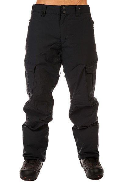 Штаны сноубордические Quiksilver Mission Inspant BlackПочувствуйте свободу в движениях в этих сноубордических брюках!  Особенности:    Отличная мембрана 10K (10000 мм), которая защитит от проникновения воды.  Critically Taped Seams &amp;ndash; все критические швы проклеены.  Брюки выполнены с применением &amp;nbsp;технологии Dry Flight, благодаря которой ткань не пропускает воду внутрь и отлично дышит.  Вентиляционные отверстия на молниях позволяют регулировать температуру.  Специальная система креплений для куртки.&amp;nbsp;  Штаны из сноубордической коллекции Snow Everyday от Quiksilver, защитят Вас от влаги мембранной тканью Dry Flight 10K, а от холода - утеплителем Polyfill, равномерно распределенным вдоль всей длины. Для дополнительного комфорта все основные швы тщательно проклеены, а стратегические зоны дополнены  подкладкой из тафты с начесом.  Технические характеристики: Водонепроницаемая мембрана Dry Flight 10К (10 000 мм / 10 000 г).Подкладка из тафты.Критические швы проклеены.Сеточная вентиляция.Регулировка талии.Система приподнимания и фиксации края штанин в целях ухода.Края штанин на кнопке.Держатель для скипасса.Тройная система застегивания.Боковые накладные карманы.Фасон - стандартный (regular fit).<br><br>Цвет: черный<br>Тип: Штаны сноубордические<br>Возраст: Взрослый<br>Пол: Мужской
