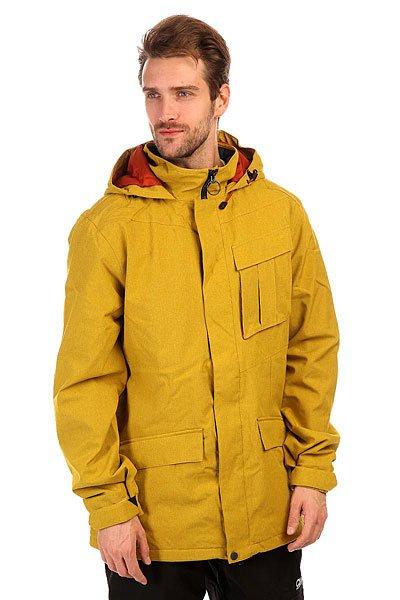 Куртка утепленная Volcom Mails Jacket MustardКуртка в классическом стиле в насыщенном цвете, порадует Вас своей универсальностью. Ее можно носить на работу или на учебу, а можно и на склон покататься.Технические характеристики:Подкладка - фланель.Водонепроницаемая мембрана V-Science 2-Layer.Критические швы проклеены.Воротник-стойка.Фиксированный капюшон с регулировкой.Карманы для рук на молнии.Нагрудный карман с клапаном.Сеточная вентиляция.Регулируемые манжеты на липучках.Фиксированная снежная юбка.Система крепления штанов к куртке.Подол с утяжкой.Застежка - молния и липучки.Фасон - стандартный (regular fit).<br><br>Цвет: желтый<br>Тип: Куртка утепленная<br>Возраст: Взрослый<br>Пол: Мужской