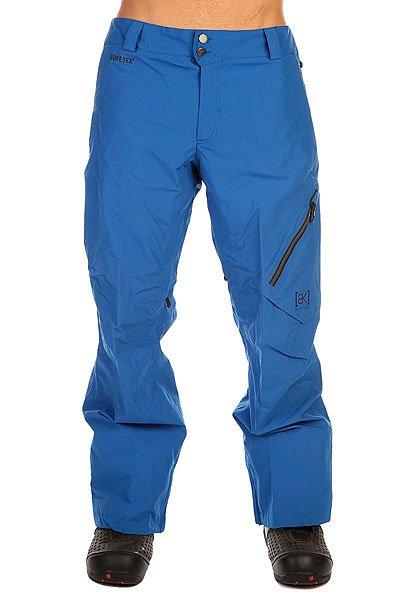 Штаны сноубордические Burton Ak 2l Cyclic Pt TideЛегкие штаны, выполненные из пористой мембранной ткани Gore-Tex с дополнительной флисовой подкладкой в районе коленей. Штаны Burton Swash не перегружены лишними деталями,но всегда готовы создать максимальную защиту от ветра, снега и слякоти. В случае похолодания просто оденьте дополнительный слой термобелья, а если потеплеет, Вы всегда сможете расстегнуть вентиляционные карманы и наслаждаться катанием в условиях максимального комфорта. Характеристики:Мембранная ткань Gore-Tex: прочная ветрозащитная, водонепроницаемая, дышащая пористая мембрана. 2-слойный материал. Утеплитель: флисовая вставка в районе коленей, сетчатая подкладка. Полностью проклеенные швы GORE-SEAM®.Возможность подвернуть штанину, пристегнув ее для препятствия истиранию низа. Снегозащитные манжеты на штанинах.Мягкая подкладка в карманах. Возможность регулировки снежных манжет на штанинах. Регулировка талии. Эргономичный крой. Подкладка в области пояса из микрофлиса. Вентиляционные сетчатые карманы. Два задних кармана с клапаном. Вышитый логотип на переднем кармане.<br><br>Цвет: синий<br>Тип: Штаны сноубордические<br>Возраст: Взрослый<br>Пол: Мужской