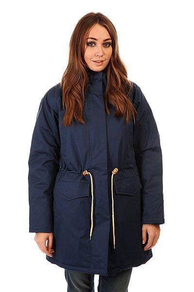 Куртка парка женская Today Ws 15 NavyК приближающимся холодам бренд Today приготовил теплые куртки! Они сделаны из плотной ткани, а легкая синтепоновая подкладка не даст вам замерзнуть в холодную погоду. Капюшон сделан с приятной на ощупь подкладкой и мехом, который при желании можно отстегнуть. Внутри и снаружи куртки есть много карманов.Характеристики:Внутренняя подкладка из тафты. Застежка – молния+кнопки. Потайной карман на молнии. Фиксированный капюшон с отделкой из искусственного меха. Два прорезных кармана для рук. Регулировка ширины пояса. Фасон: парка (parka).<br><br>Цвет: синий<br>Тип: Куртка парка<br>Возраст: Взрослый<br>Пол: Женский