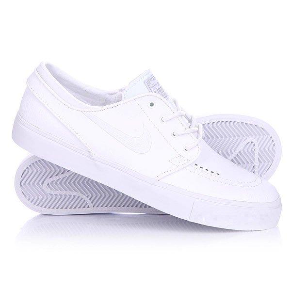 Кеды кроссовки низкие Nike Zoom Stefan Janoski L White/White Wolf GreyПрогуляйся в новых Nike Zoom Stefan Janoski – и ты не захочешь с ними расставаться! Про-модель Стэфана Яноски.  Характеристики: Верх из перфорированной кожи.Внутренняя текстильная отделка. Мягкая внутренняя артикуляционная стелька из пенорезины. Технология зонального смягчения Nikes Zoom Air. Уплотненная область «олли» (носок).Классическая плоская шнуровка с тонированными металлическими люверсами.Тонкие стенки, язычок и пятка.Гибкая вулканизированная резиновая подошва. Логотип производителя на язычке и сбоку ботинка. Про-модель Стэфана Яноски.<br><br>Цвет: белый<br>Тип: Кеды низкие<br>Возраст: Взрослый<br>Пол: Мужской