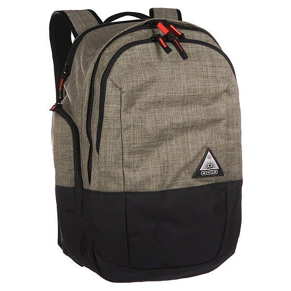 Рюкзак школьный Ogio Clark Pack OliveСтильный и в то же время функциональный рюкзак от Ogio. Имеются специализированные отсеки для ноутбука и планшета, которые позволят Вам не переживать за сохранность техники. Большое основное отделение вместит все необходимые вещи, а внешние боковые карманы на молнии помогут всегда держать необходимые аксессуары поблизости.Характеристики:Изолированный отсек для 15-дюймового ноутбука с флисовой подкладкой. Вместительный основной отдел с мягким карманом для планшета.Передний отдел с панелью-органайзером и карманом для ценных вещей на молнии.Два вместительных внешних боковых кармана.Практичная стеганая задняя панель.Легкие эргономичные плечевые лямки с ремешком на груди.Фирменный логотип Ogio.<br><br>Цвет: зеленый,черный<br>Тип: Рюкзак школьный<br>Возраст: Взрослый