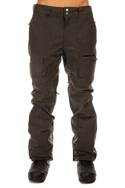 Штаны сноубордические Quiksilver Dark &amp; Stormy BlackСноубордические штаны с дизайном под джинсу, которые будут надёжно противостоять различным капризам природы, благодаря дышащей и водостойкой мембране 15K и отличному функционалу.Характеристики:Водостойкость: Dry Flight 15K. Подкладка: выводящая влагу тафта с трикотажем с начесом в области ягодиц. Полностью проклеенные швы. Сеточная вентиляция. Регулировка талии. Изнанка пояса из тафты с начесом. Гейтеры из синтетической тафты. Края штанин на молнии. Система прикрепления штанов к куртке. Система приподнимания и фиксации края штанин в целях ухода. Держатель для скипасса. Тройная система застегивания. Водонепроницаемая молния YKK®.Коллекция Snow Modern Originals.<br><br>Цвет: зеленый<br>Тип: Штаны сноубордические<br>Возраст: Взрослый<br>Пол: Мужской