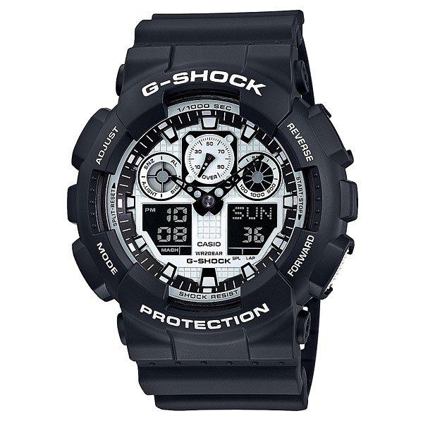 Часы Casio G-Shock Ga-100Bw-1AНовая серия ударопрочных часов White and Black в черно-белом исполнении для любителей экстремальных приключений.Характеристики:Ударопрочная конструкция защищает механизм от ударов и вибрации. Защищены от магнитных полей. Циферблат подсвечивается светодиодом, функция автоподсветки освещает циферблат при повороте часов к лицу.Мировое время– 48 городов (29 часовых поясов), всемирное координированное время (UTC). Функция включения/отключения летнего времени.12-ти и 24-х часовой форматвремени. Секундомер с точностью показаний 1/1000с и временем измерения 100 ч. Расчет скорости по выбранной дистанции.Сплит-хронограф.Таймеробратного отсчета от 1 мин до 24 ч с автоповтором. 5 ежедневных будильников. Функция повтора сигнала будильника (Snooze). Минеральное стекло устойчивое к возникновению царапин. Ремешок из полимерного материала.Водонепроницаемость200 м(200 м).<br><br>Цвет: черный<br>Тип: Электронные часы<br>Возраст: Взрослый<br>Пол: Мужской